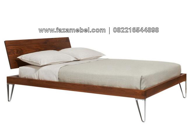 Tempat-tidur-minimalis-kaki-besi
