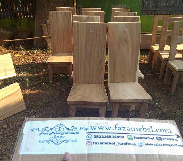 kursi-makan-minimalis-trembesi-solid-terbaru