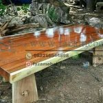 trembesi-wood-dining-table