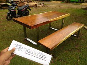 Furniture Trembesi Kabupaten Jepara Jawa Tengah
