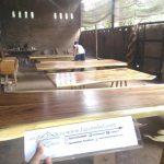 meja-kayu-trembesi-solid