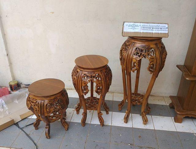 meja-ukir-cumi-cumi