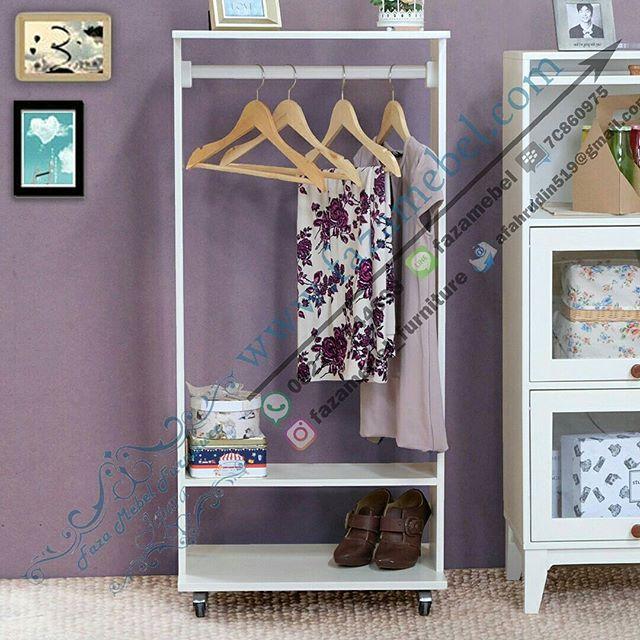 lemari-gantungan-baju-Wardrobe Minimalis