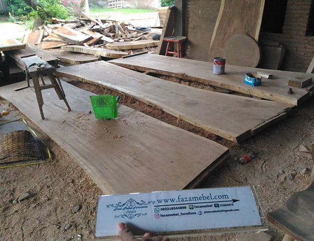 lembaran-furniture-kayu-trembesi