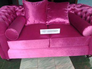 Sofa Chester Terbaru Merah Muda