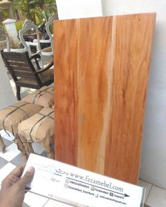 Top Table Kayu Mahoni Natural Wood